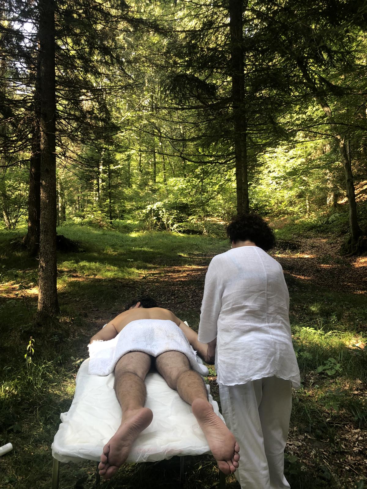 Il massaggio nel bosco
